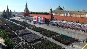 Moskau: Parade-Formationen stehen auf dem Roten Platz