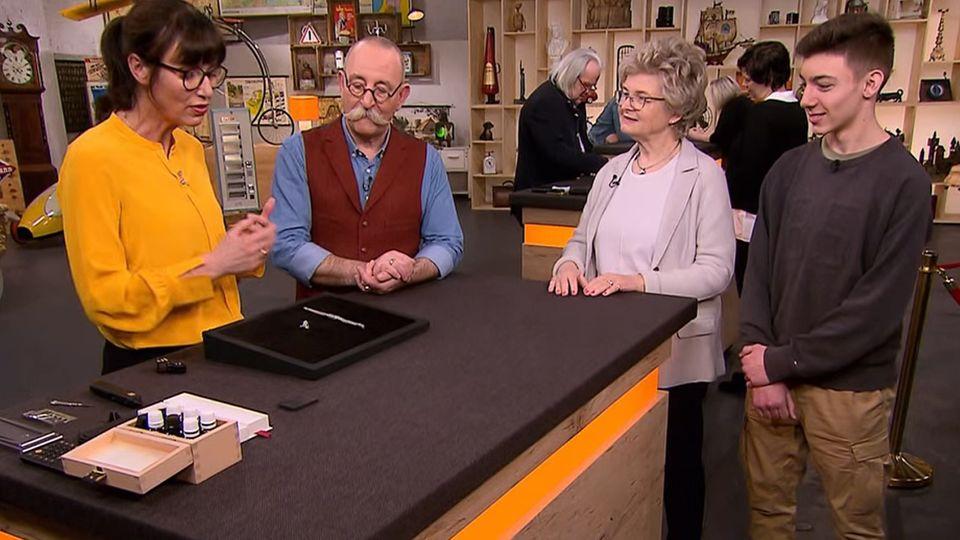 Heide Rezepa-Zabel, Horst Lichter und die beiden Verkäufer