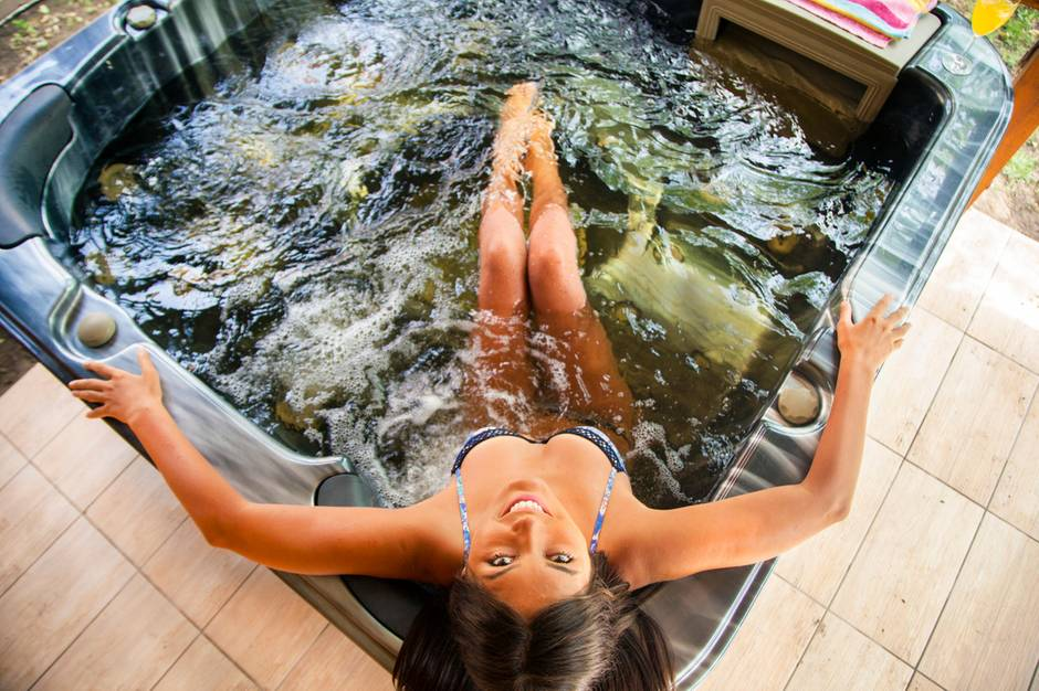 Ein Außenwhirlpool ist die edelste Form des Planschbeckens.