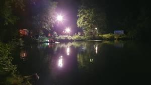 Nachrichten aus Deutschland: Scheinwerfer leuchten den Steinbruch bei Eppertshausen aus