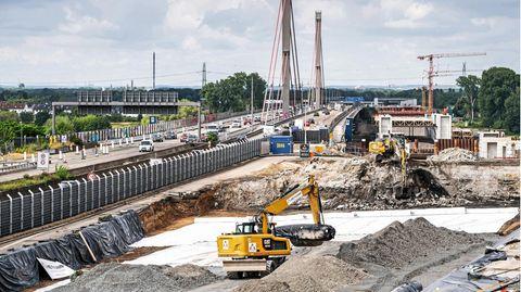 Baustelle der Leverkusener Autobahnbrücke