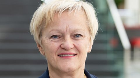 """""""STERN nachgefragt"""": Ex-Ministerin Renate Künast: Das muss sich in der Fleischproduktion und der Tierhaltung ändern"""
