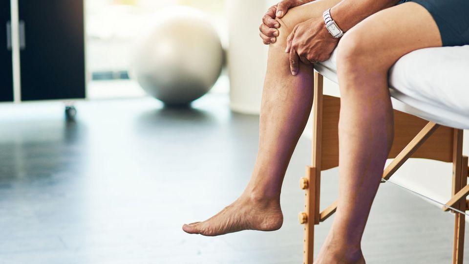 Die Diagnose: Ein Mann hat Magenschmerzen und seine Beine sind lila verfärbt. Seine Rettung? Ein Ballon!