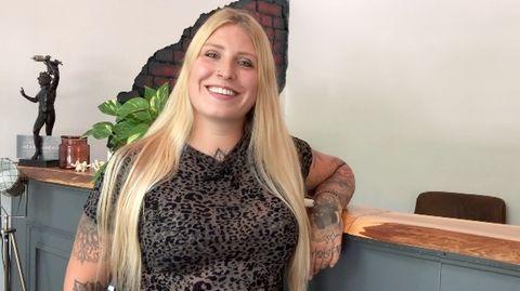 Tattoo: Junge Frau lässt sich ihre Augäpfel tätowieren und erblindet für drei Wochen