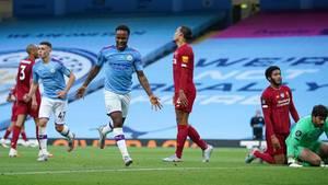 Raheem Stirling trifft für ManCity gegen den FC Liverpool