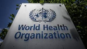 Das Logo der Weltgesundheitsorganisation (WHO) an ihrem Hauptsitz in Genf (Schweiz)