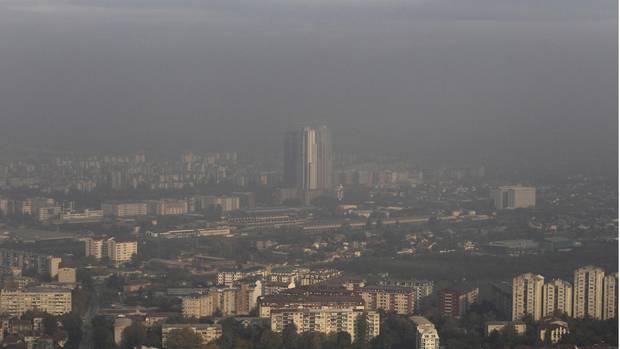 Skopje versinkt im Smog