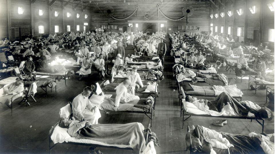 Gesellschaftliche Folgen: Was Corona mit der Pest und der Spanischen Grippe gemeinsam hat
