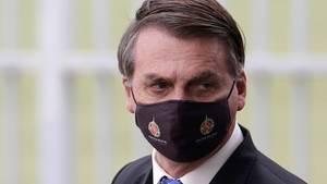 Brasiliens Präsident Jair Bolsonaro mit Schutzmaske