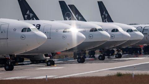 Der Frankfurter Flughafen hat immer noch 80 Prozent weniger Passagiere als vor einem Jahr.