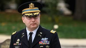 """Oberstleutnant Alexander Vindmanzieht sich nach Trump-""""Mobbing"""" aus der US-Armee zurück"""