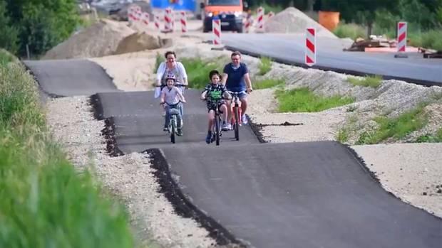 Bayern: Deutschlands wohl buckligster Radweg – Planungsfehler?