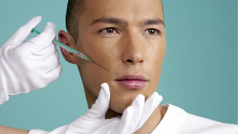 Viele Menschen nutzen die Ausgangsbeschränkungen in der Coronakrise, um sich Schönheitsbehandlungen zu unterziehen