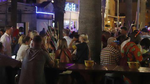 Mindestabstand ist an den Touristen-Hotspots auf Mallorca ein Fremdwort