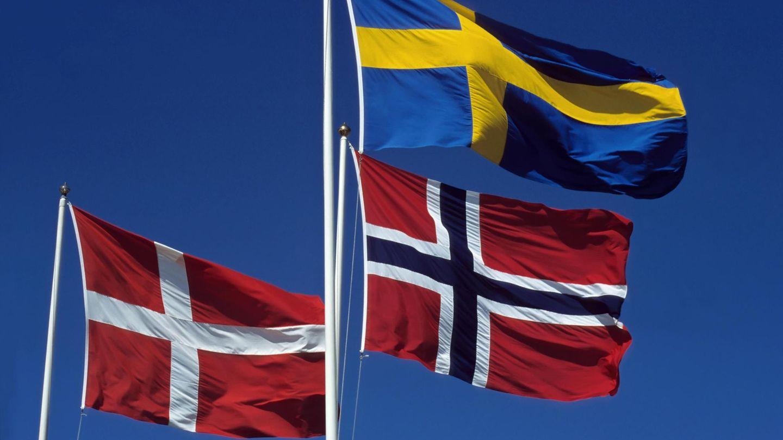 Die Flaggen Dänemarks, Norwegens und Schwedens
