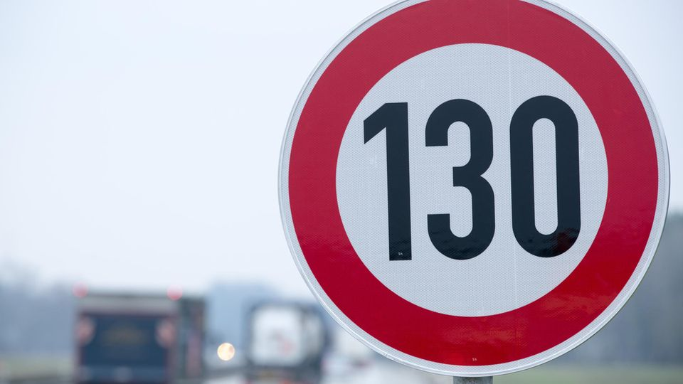 Tempo-130-Schild