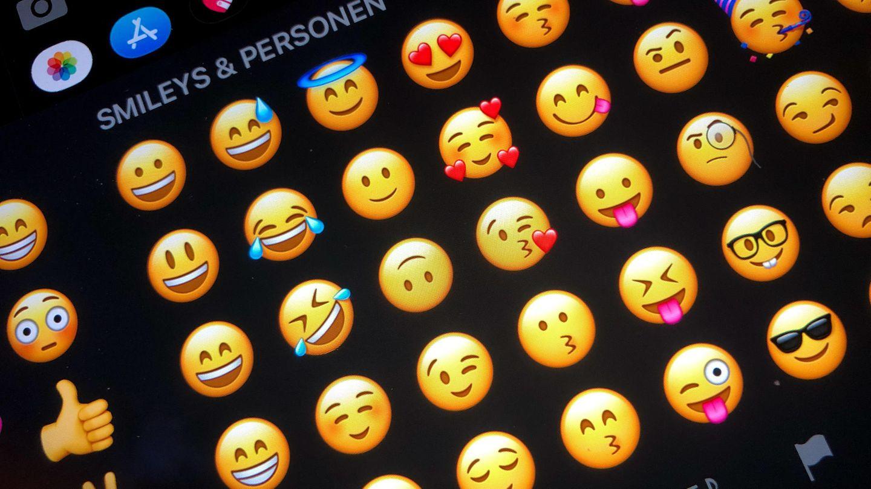 Smileys der whatsapp bedeutung Whatsapp Emojis