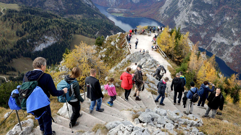 Stau am Berg:Alle möchten den Ausblick vom Jenner auf den Königssee genießen