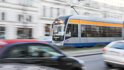 Eine Straßenbahn in Leipzig als Symbolfoto für Nachrichten aus Deutschland
