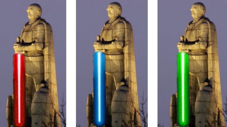 Bismarck-Denkmal in Hamburg mit Jedi-Schwert
