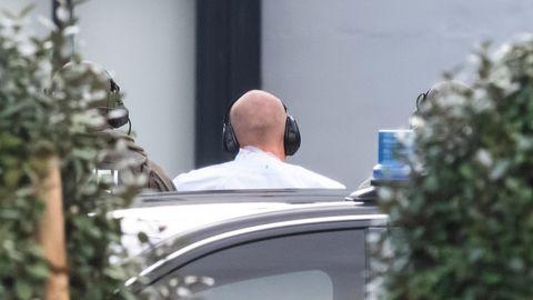 Stephan B. am Tag nach dem Anschlag in Halle auf dem Weg zum Haftrichter