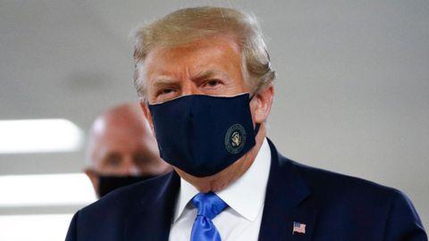 US-Präsident Donald Trump zeigt sich neuerdings gerne mit Maske