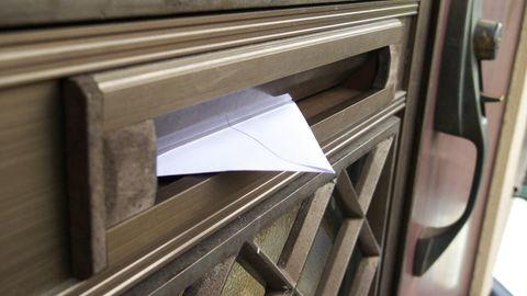 Brief in Briefschlitz