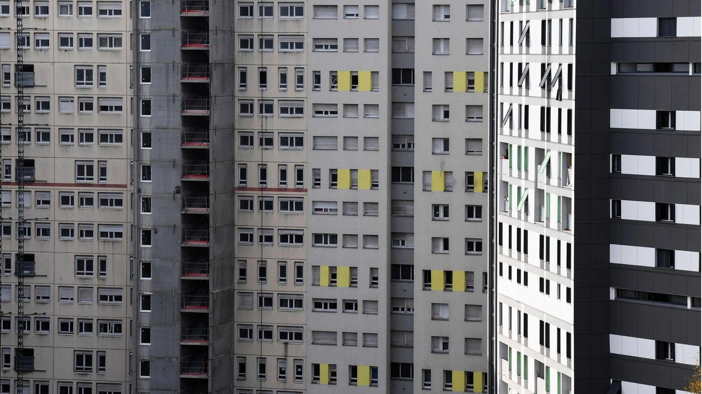 Blick auf das Hochhaus in Grenoble, aus dem die beiden Kinder sprangen