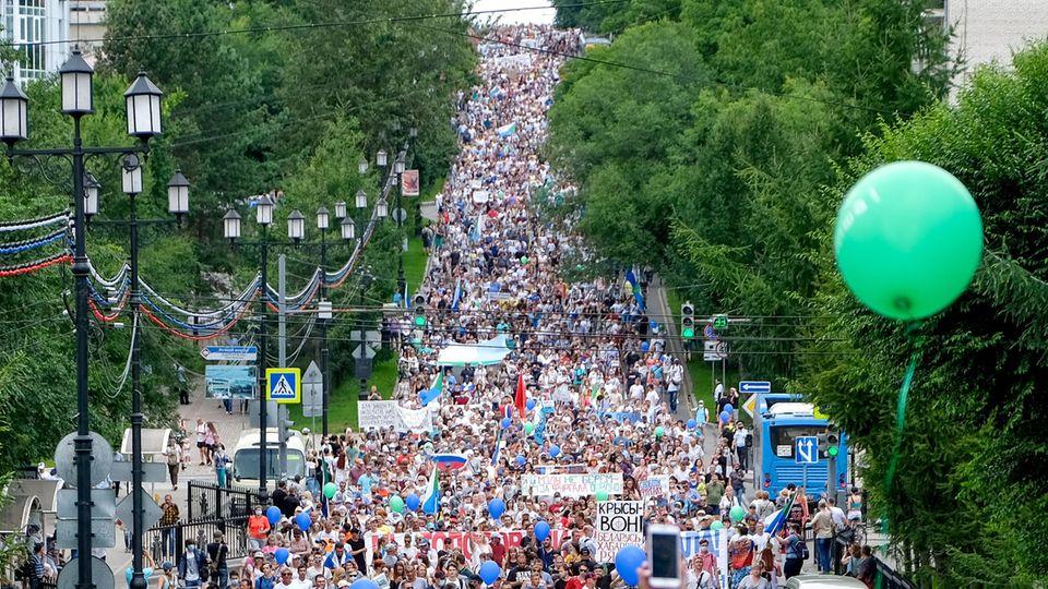Russland: Bis zu 90.000 Menschen protestierten am vergangenen Samstag in Chabarowsk