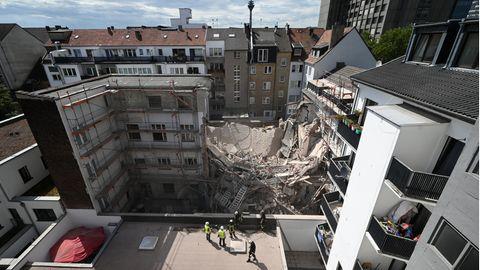 Düsseldorf: Weiterhin zwei Menschen nach Hauseinsturz vermisst