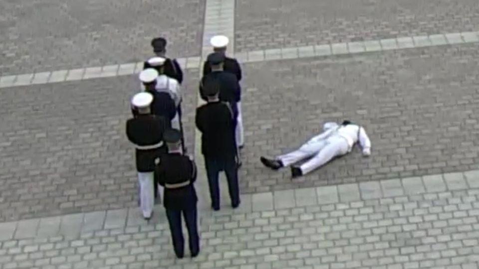 USA: Soldat bricht bei Zeremonie wegen Hitze zusammen