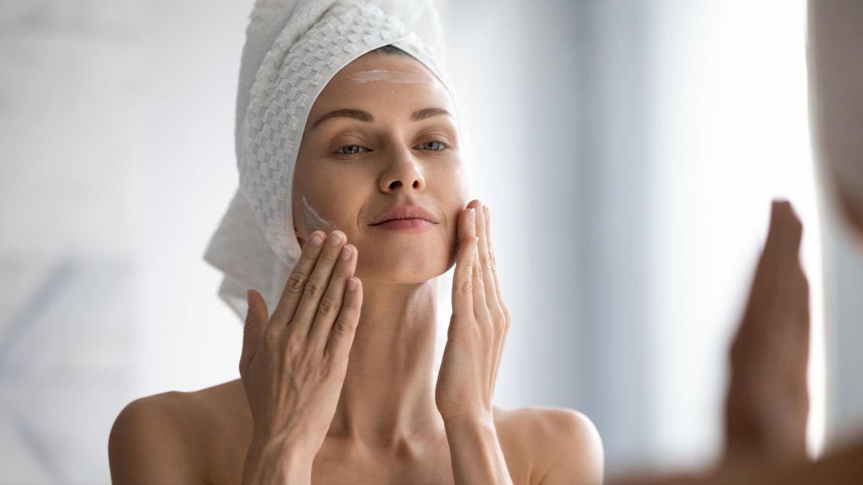 BB Cream ist Feuchtigkeitspflege und Make-up in einem Produkt