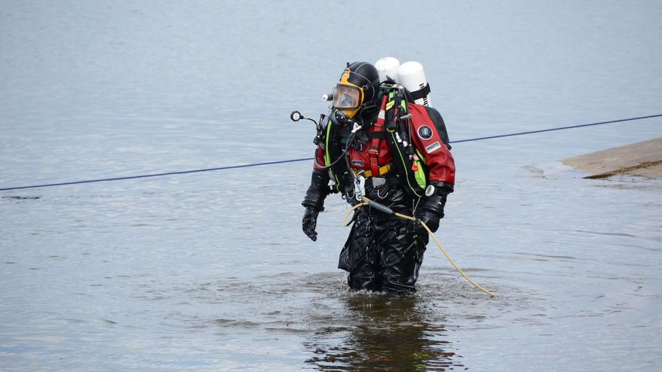 Donau: Zwei Menschen ertrunken