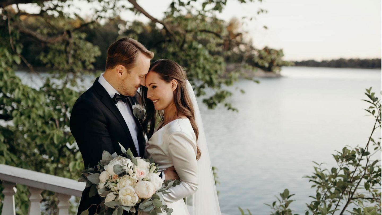 Das frisch verheiratete Ehepaar Sanna Marin undMarkus Räikkönen
