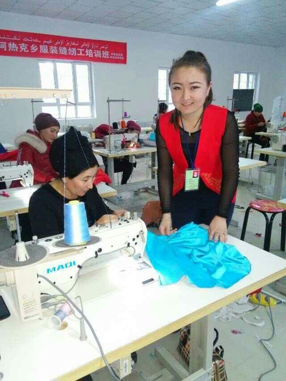 Die Unternehmerin Dina Nurdybay, 29, konnte im Lager beobachten, wie uigurische Frauen drangsaliert wurden, immer wieder sei es auch um das Thema Geburtenplanung und Kinder gegangen