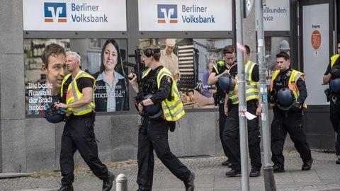 Polizei nach versuchtem Banküberfall in Berlin-Wilmersdorf