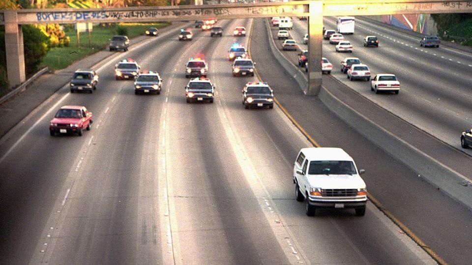 O. J. Simpson im weißen Ford Bronco