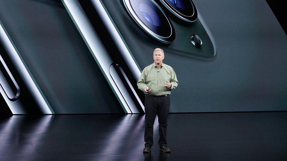 Phil Schiller während der Präsentation des iPhone 11 Pro im Jahr 2019.