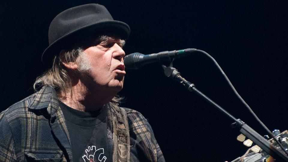 Neil Young auf der Bühne