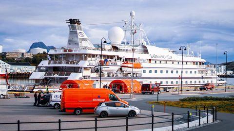 """Die """"SeaDream 1"""" im Hafen vonBodø, Norwegen"""