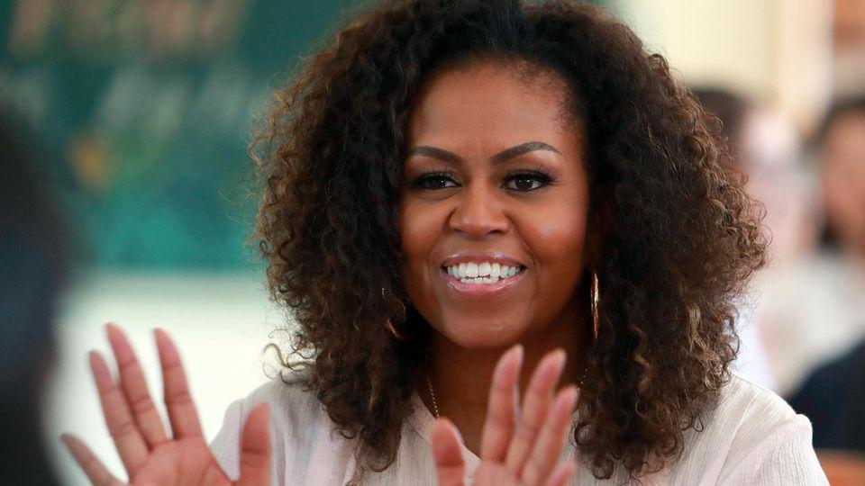Michelle Obama lächelt