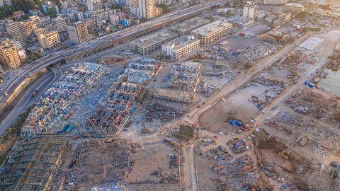 Der zerstörte Hafen von Beirut nach der Explosion