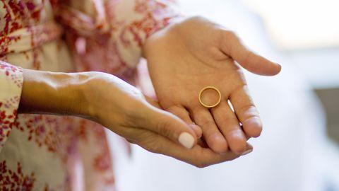 Corona-Regeln trennen Paare ohne Trauschein