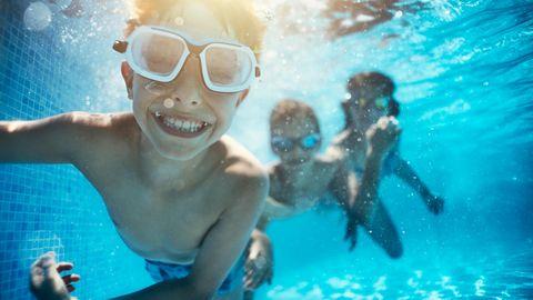 Keimbildung in Pool und Planschbecken