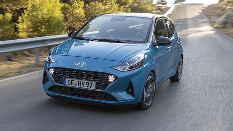 Das Fahrwerk des Hyundai i10 1.2 ist nicht so straff, wie das der N-Line Variante