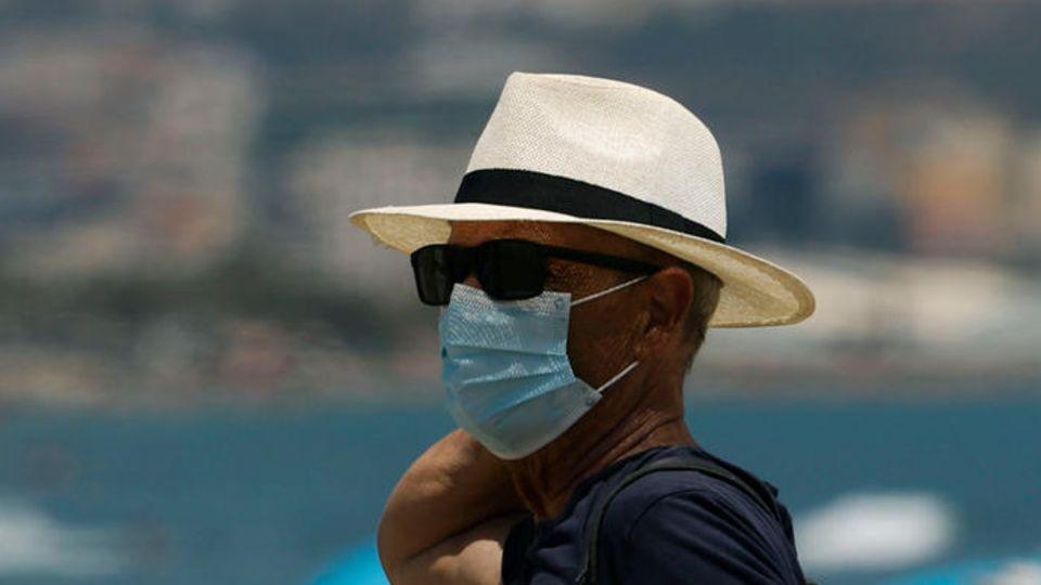 Das Tragen einer Maske führt laut Medizinern nicht zu gefährlichem Sauerstoffmangel