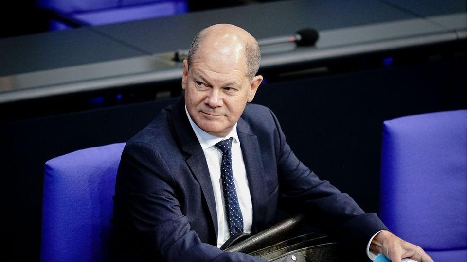 Olaf Scholz (SPD), Bundesminister der Finanzen, im Bundestag