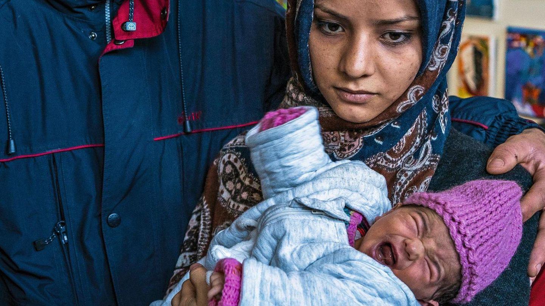 Mustafa und Fatima mit ihrer Tochter Hanana