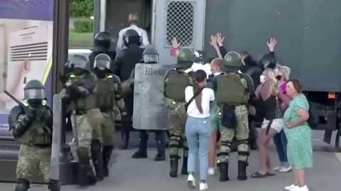 Nach Ausschluss von Opposition: Belarus: 300 Festnahmen bei Protesten gegen Präsidentenwahl