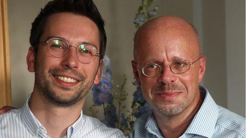Dennis Hohloch (l.) vertritt Andreas Kalbitz seit dessen Rauswurf aus der AfD als Fraktionschef in Brandenburg